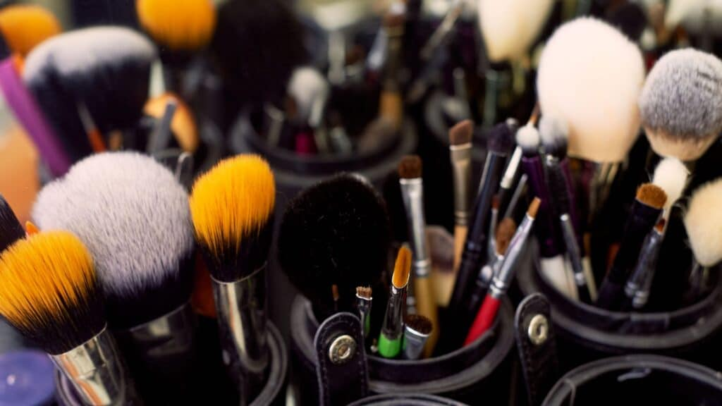 Permanent Makeup Jobs Opportunities You Can Learn