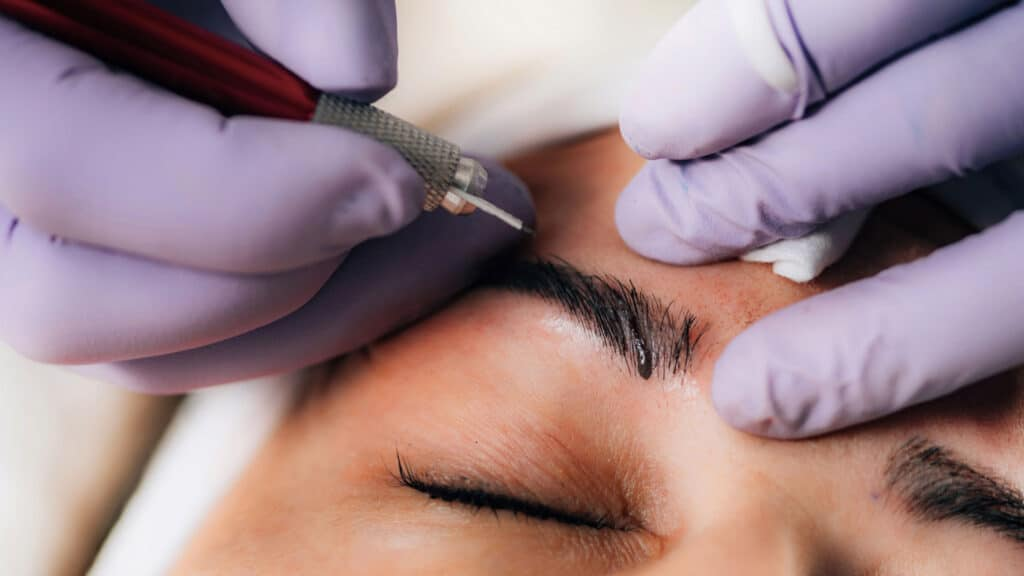 Top 10 Benefits of Eyebrow Microblading
